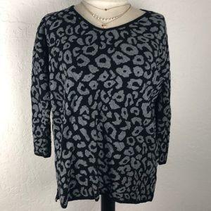 Dana Buchman cheetah/leopard lightweight sweater